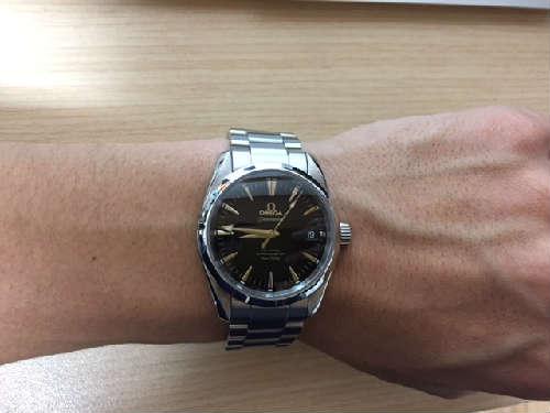 official photos 138a9 5c9d2 高級腕時計選びはブランドやデザインよりサイズやケース径を重視 ...